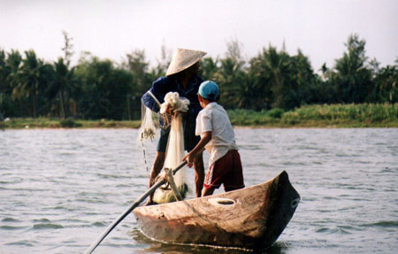 Pêcheurs sur la rivière des parfums © bruno oules ( 12 photos )