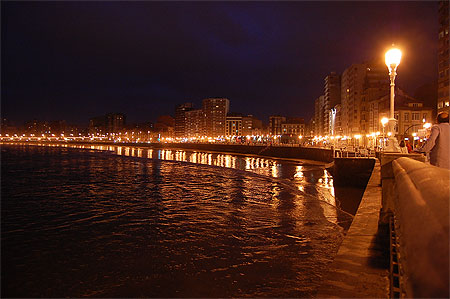 Gijon by night