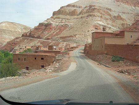 desenclavement de tamazirte ,Les Routes de l'Atlas Marocain Pt113790