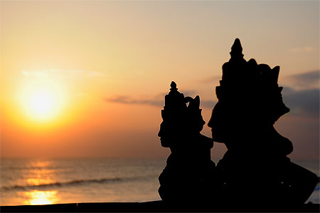 Sunset sur Tanah lot