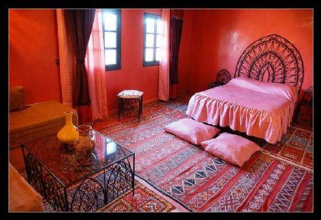 chambre rose et noir