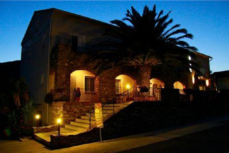 Hôtel Cala di Greco à Bonifacio en Corse du Sud