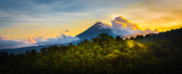 Volcan Arenal © photodiscoveries - Fotolia