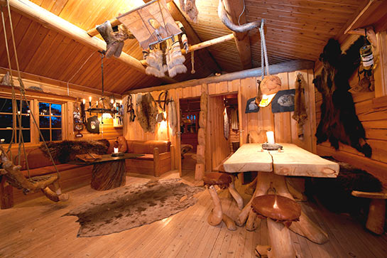 Engholm Husky Design Lodge