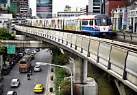 Skytrain in Bangkok. Pietro Motta - Flickr - CC BY 2.0
