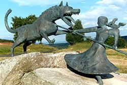Statue à Auvers © Association Au pays de la bête du Gévaudan
