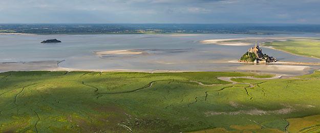 20 randos au fil de l'eau : plages et côtes. Photo : Baie du Mont-Saint-Michel © Jérôme Houyvet / CDT 50