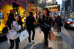 Soldes à New York © Julienne Schaer / www.nycgo.com