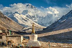 Mont Everest et Monastère de Rongbuk. Göran Höglund (Kartläsarn) - Flickr - CC BY 2.0