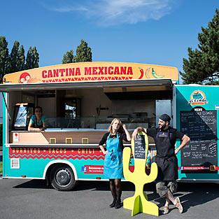 El camión – Cantina mexicana