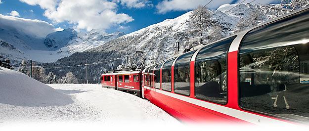 Les trains touristiques du monde. Photo : Bernina Express © Rhaetische Bahn