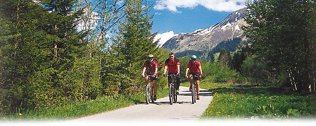 Vélo : pistes cyclables dans le monde. Photo : Via Claudia Augusta en ...