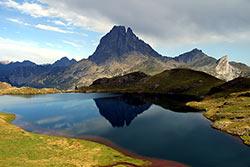 Pic du Midi d'Ossau et lac d'Ayous © Laurent Reiz - CRTA