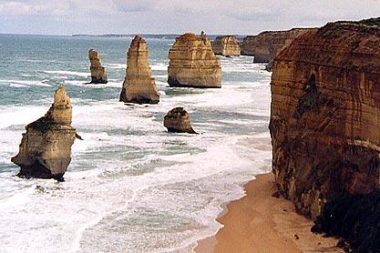Les 12 apôtres le long de la Great Ocean Road, l'une des plus belles routes côtières du monde. Victoria.